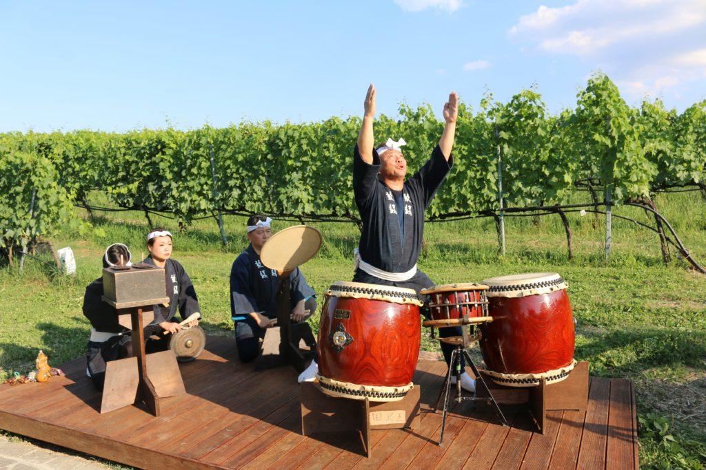 Esibizione di tamburi giapponesi